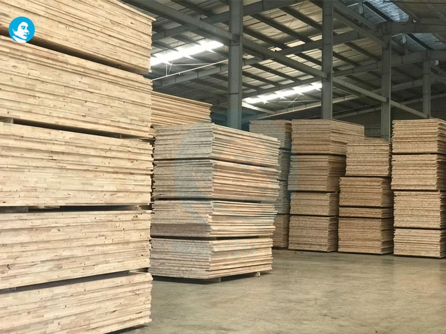 Công ty Xuất Nhập Khẩu Đồng Tấn Phát cung cấp ra thị trường các sản phẩm ván ghép, gỗ ghép cao su quy cách 8mm đến 40mm chất lượng cao, tiêu chuẩn đa dạng